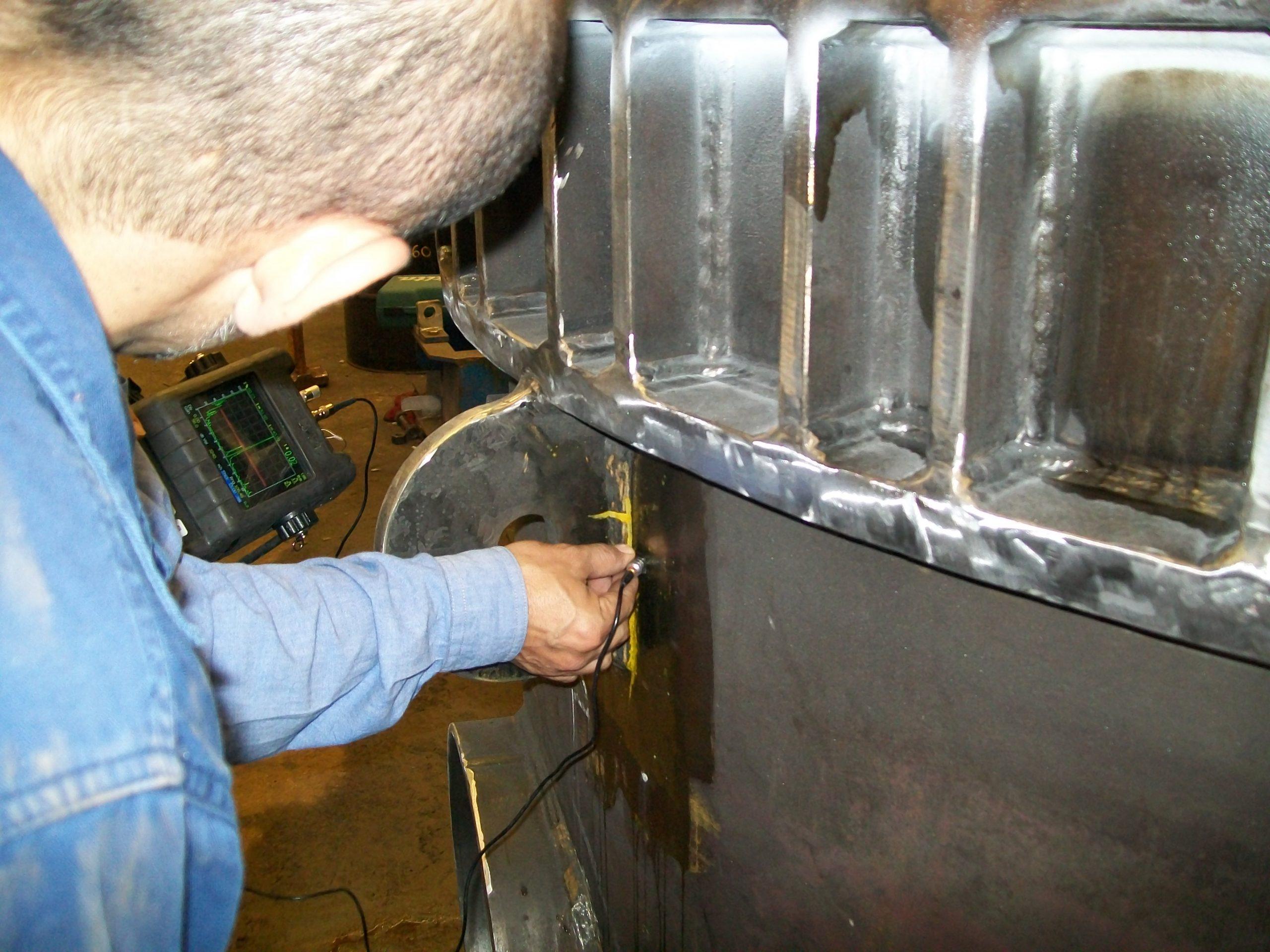 LA2473 - Process Group, UT on Lifting lug (2009-09-04)